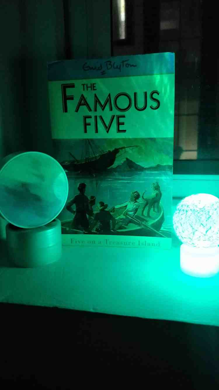 Book Review: The Famous Five by Enid Blyton