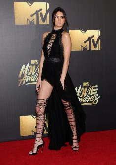 Best Fashion at the 2016 MTV Movie Awards Pictured: Kendall Jenner Ref: SPL1260738 100416 Picture by: Jen Lowery / Splash News Splash News and Pictures Los Angeles: 310-821-2666 New York: 212-619-2666 London: 870-934-2666 photodesk@splashnews.com