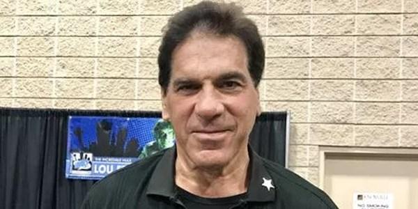 'Incredible Hulk' Lou Ferrigno helps Knoxville Comic Con fan having seizure