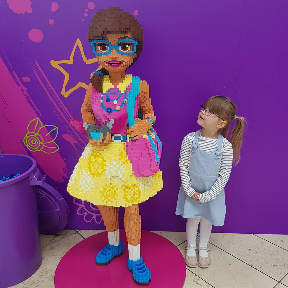 LEGO Friends House of Heart Tour.