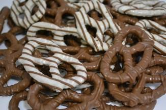 pretzels-482116_640