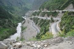Winding roads between Badrinath and Gobindghat