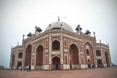 Angular view of Humayun's Tomb (New Delhi, India)