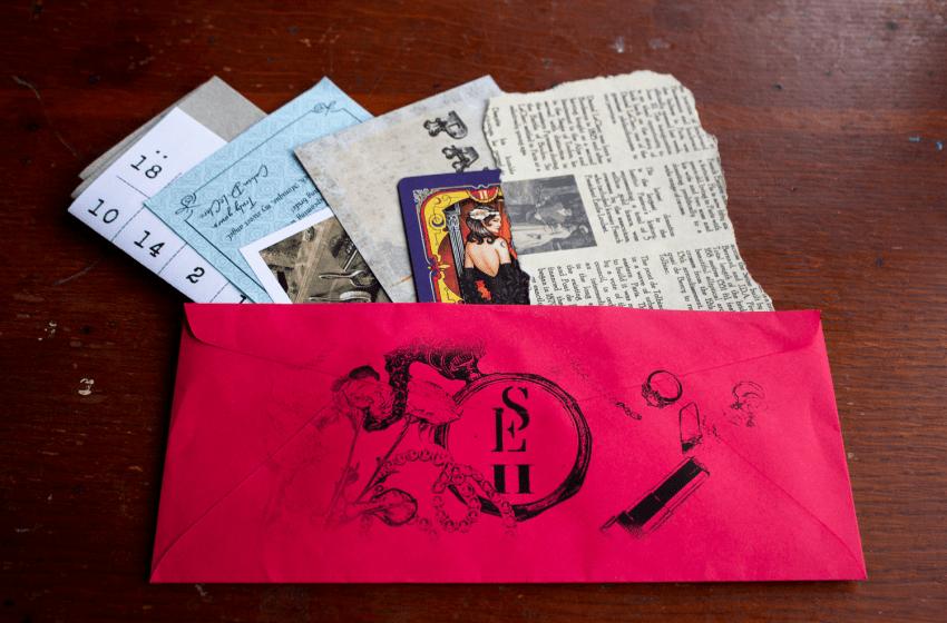Scarlet Envelope: Cabaret in Lapin Blanc