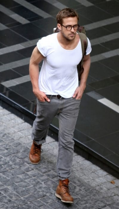 ryan-gosling-brown-boots-grey-jeans