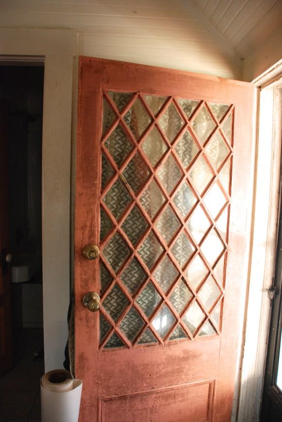grout b door