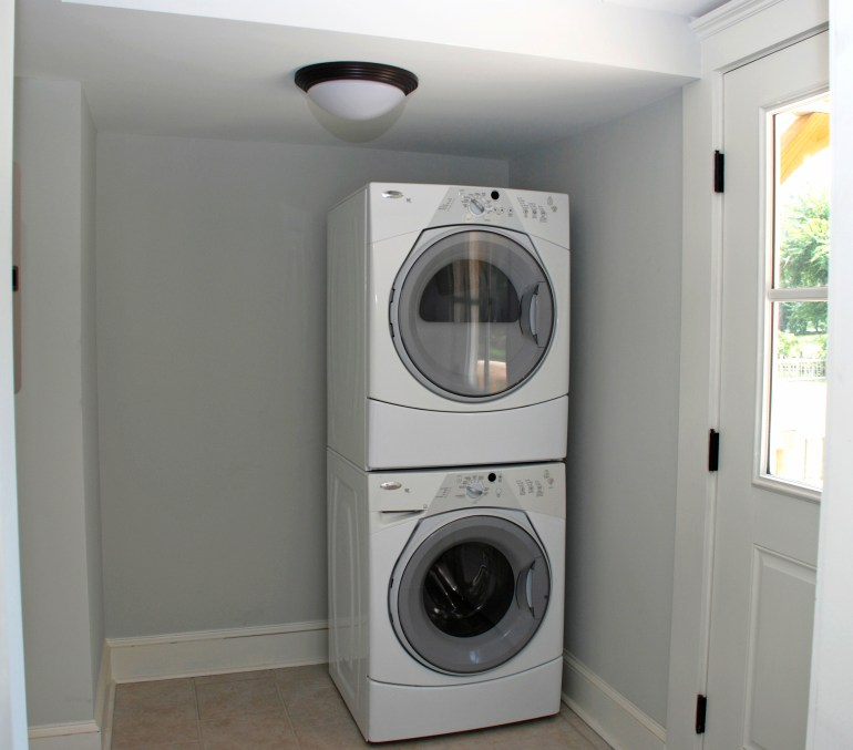 Grout laundry