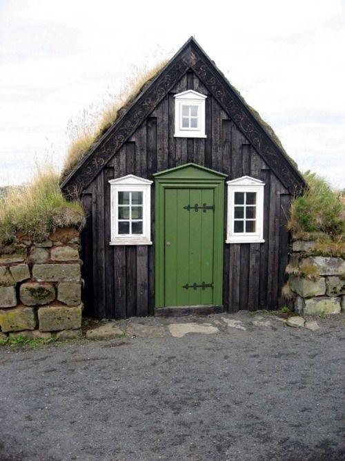 black shed2