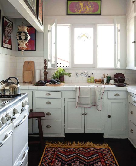 eclectic cottage kitchen