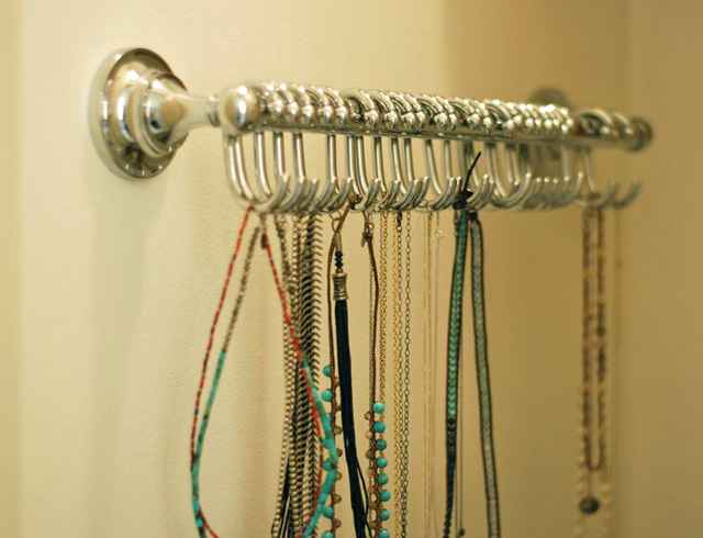 DIY necklace rack