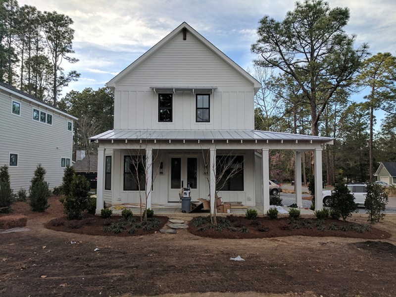 New Construction goes Modern Farmhouse style