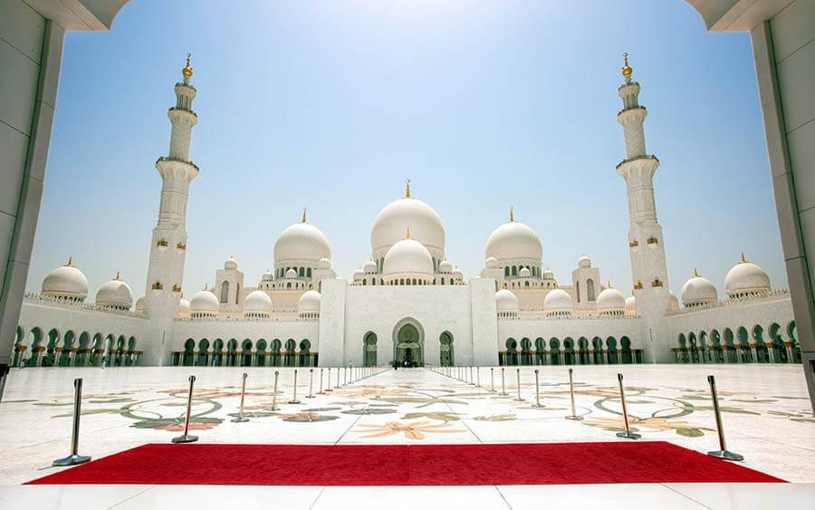 10 Things You Must Know While Travelling To Abu Dhabi