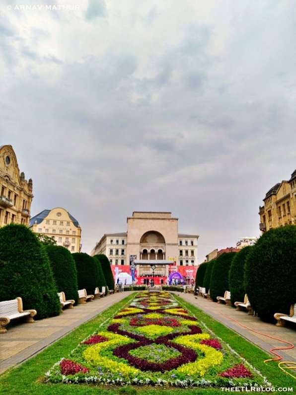 Victory Square_001