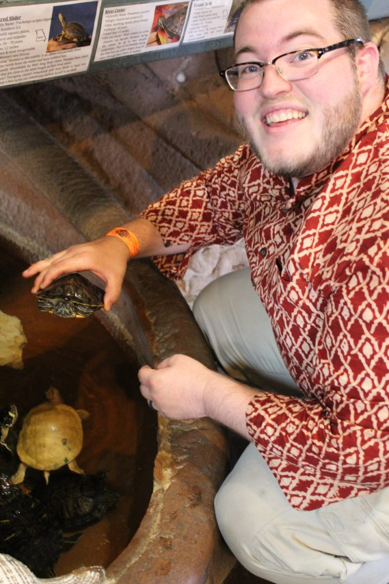 Then we went to the aquarium in the museum. We could touch turtles!