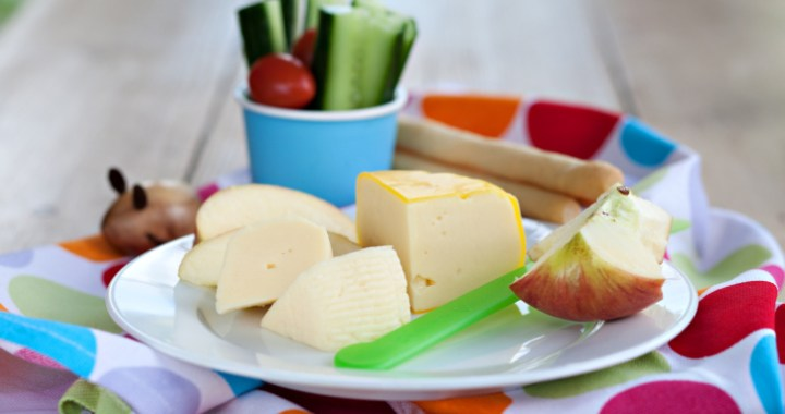 Nutritious snacks like cheese and vegetables help kids eat less and feel more satisfied
