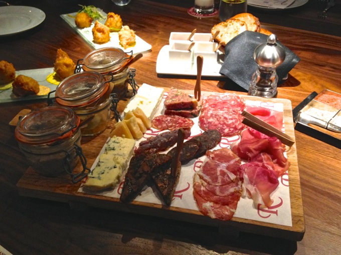 Restaurant R'evolution charcuterie in New Orleans | Danielle Does New Orleans! | theeverykitchen.com