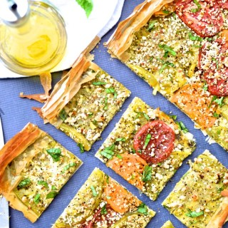 Heirloom Tomato and Goat Cheese Tart | theeverykitchen.com
