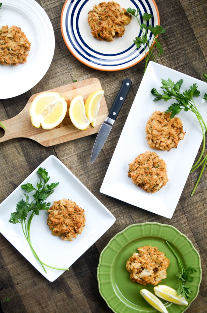 Easy No-Filler Crab Cakes — blink and these healthy, gluten free treats will be all gone! | theeverykitchen.com