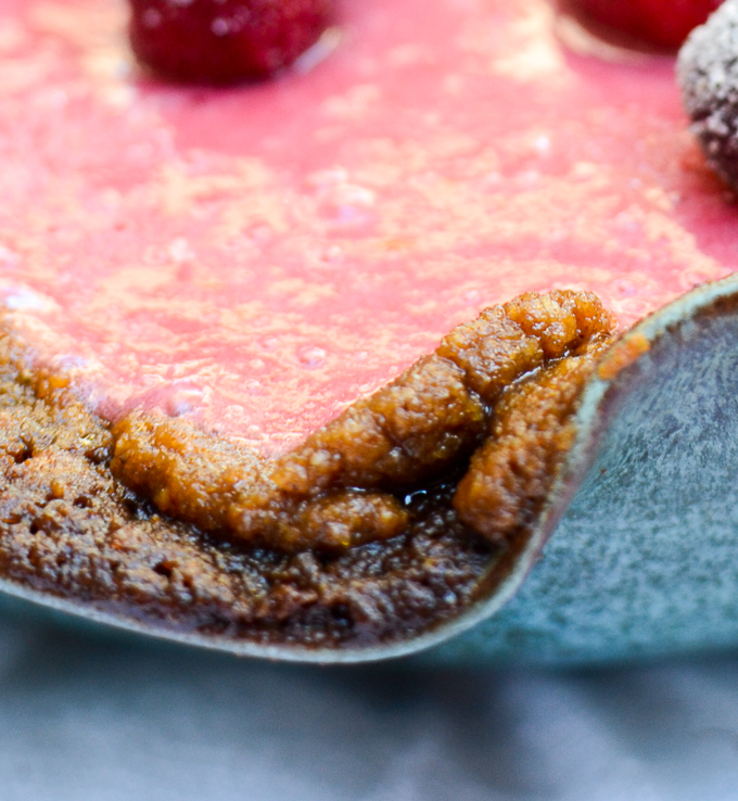 Gingersnap Crust | www.theeverykitchen.com