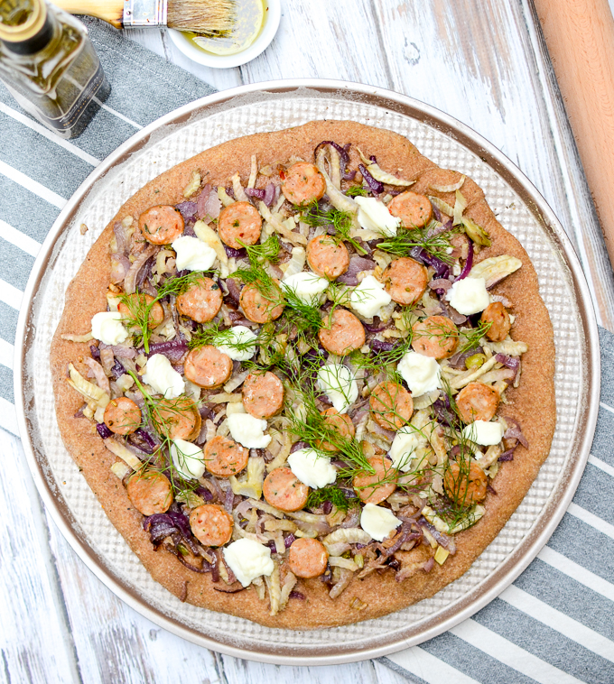 Roasted Fennel, Italian Sausage, and Ricotta Pizza | www.theeverykitchen.com