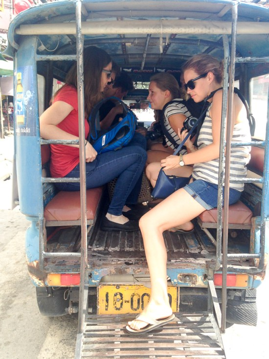 Thailand taxi ride | www.theeverykitchen.com