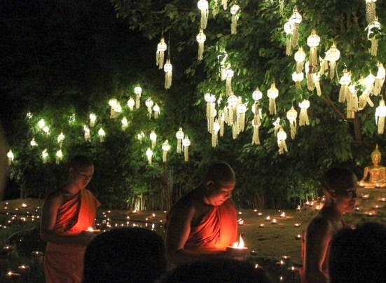 Yi Peng Lantern Festival, Chiang Mai, Thailand | www.theeverykitchen.com
