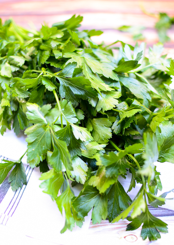 fresh parsley | theeverykitchen.com