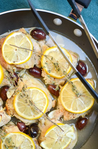 I love the versatility of One-Skillet Mediterranean Lemon Chicken. This recipe makes a quick and easy weeknight dinner and is also perfect for Sunday meal prep. Low calorie, high protein, gluten free, sugar free.   theeverykitchen.com