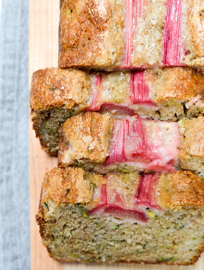 It takes only 10 minutes to get Easy Rhubarb Zucchini Bread in the oven. This sweet recipe has a perfect hint of tartness and is every bit as moist as it looks. | theeverykitchen.com