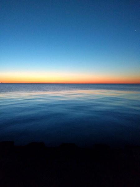 Sunrise over Lake Michigan, Chicago | theeverykitchen.com
