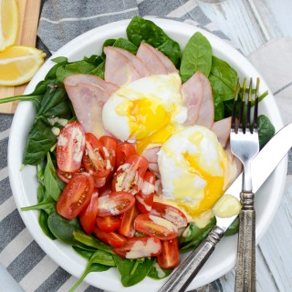 Eggs Florentine Breakfast Salad with Easy Hollandaise Dressing