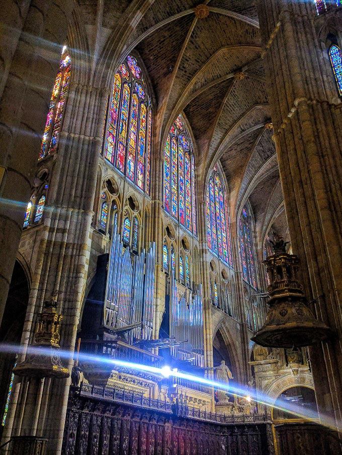 Catedral XIII de León, Spain | theeverykitchen.com