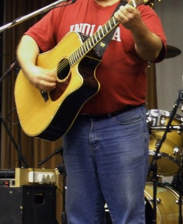 Dale Playing Live (Photo Copyright TEJ)