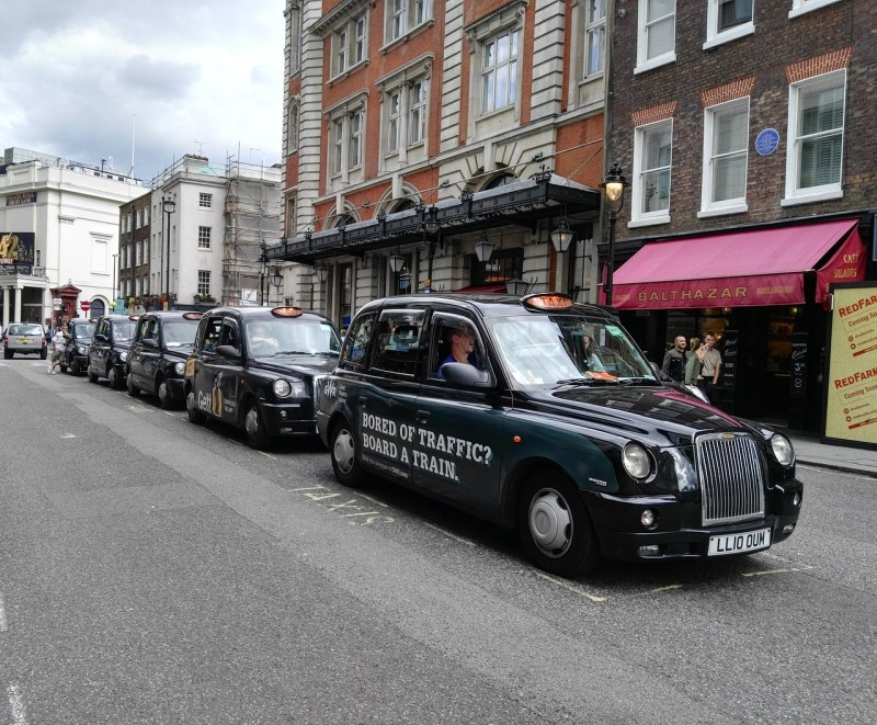 London queue