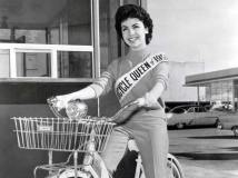 annette-1956_bicycle queen