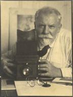 Frank Eugene - 1924 - eof selfie centered- vintage blog