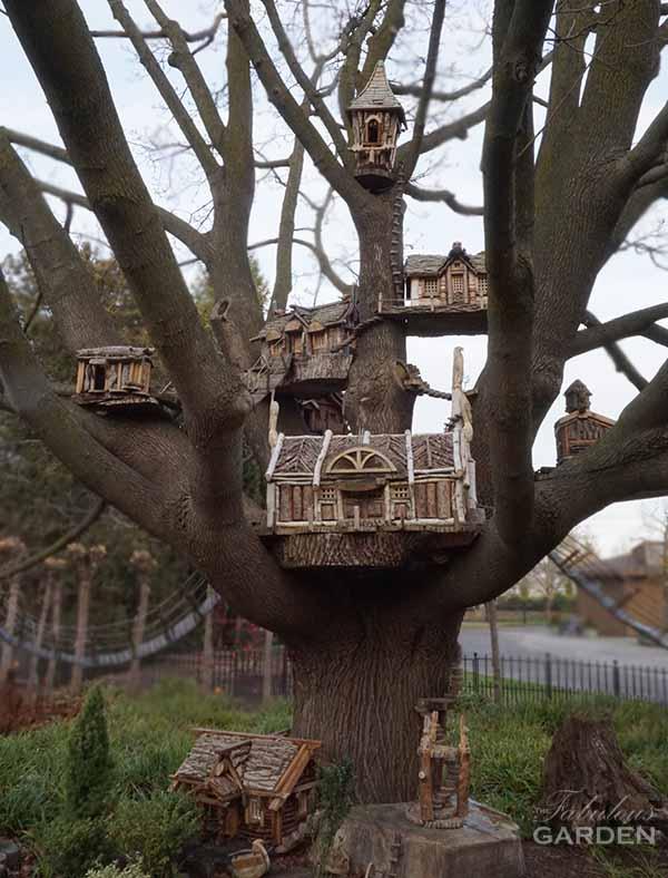 Visit To A Miniature Village In Niagara The Fabulous Garden