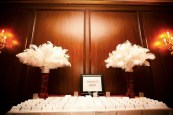 feather-centrepiece-via-weddings-by-colour