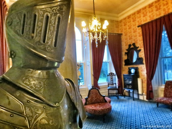 The second floor sitting area. I totally have a thing for shining armor. It's antique pieces like these that really make you feel like you're back in time but with all the modern conveniences you need. Way cool.
