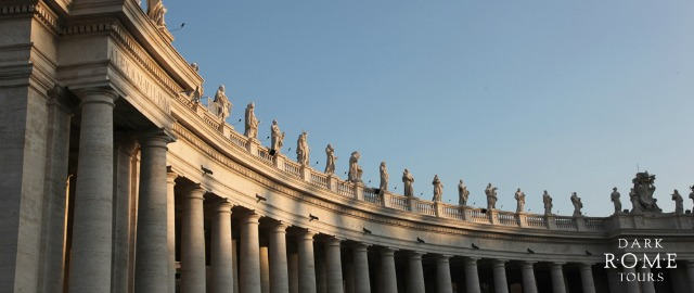St-Peters-Square-Bernini-Columns