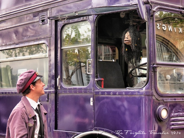 Universal Studios Diagon Alley knight bus