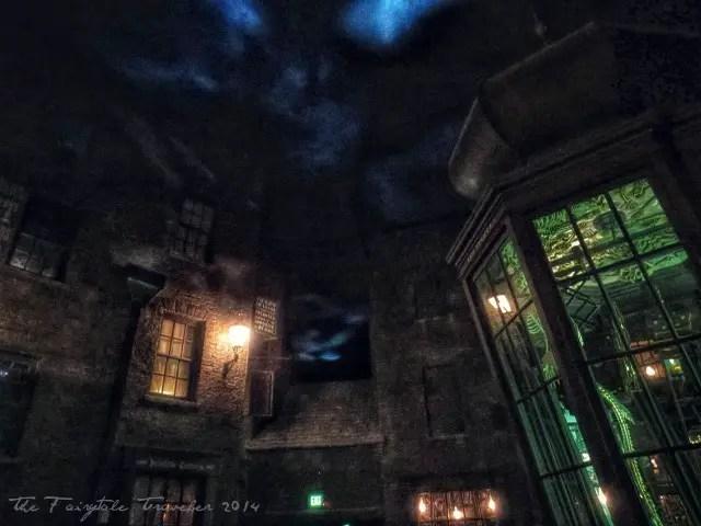 Universal Studios Diagon Alley Knockturn alley