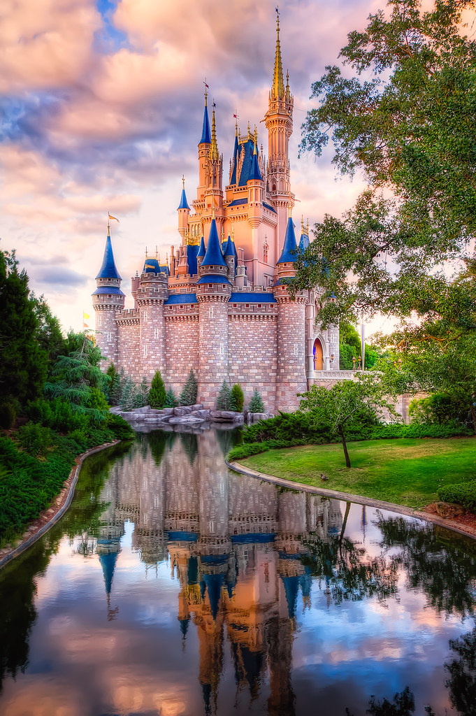 Cinderella's Castle. Magic Kingdom