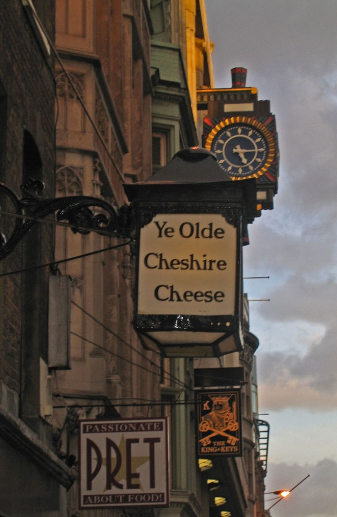 Ye Old Cheshire Cheese, Charles Dickens, London