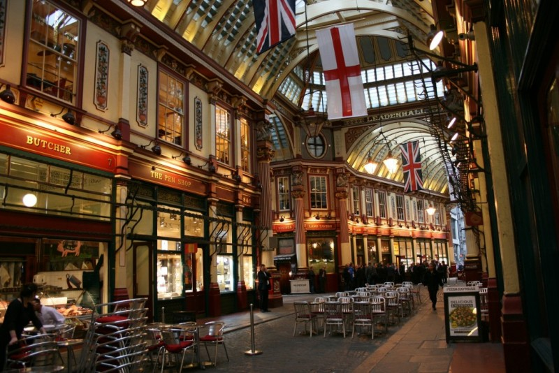 Leadenhall Market, London, Victorian city, Charles Dickens