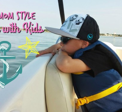 tips on boating with kids, the little fairytale traveler, kid on boat,