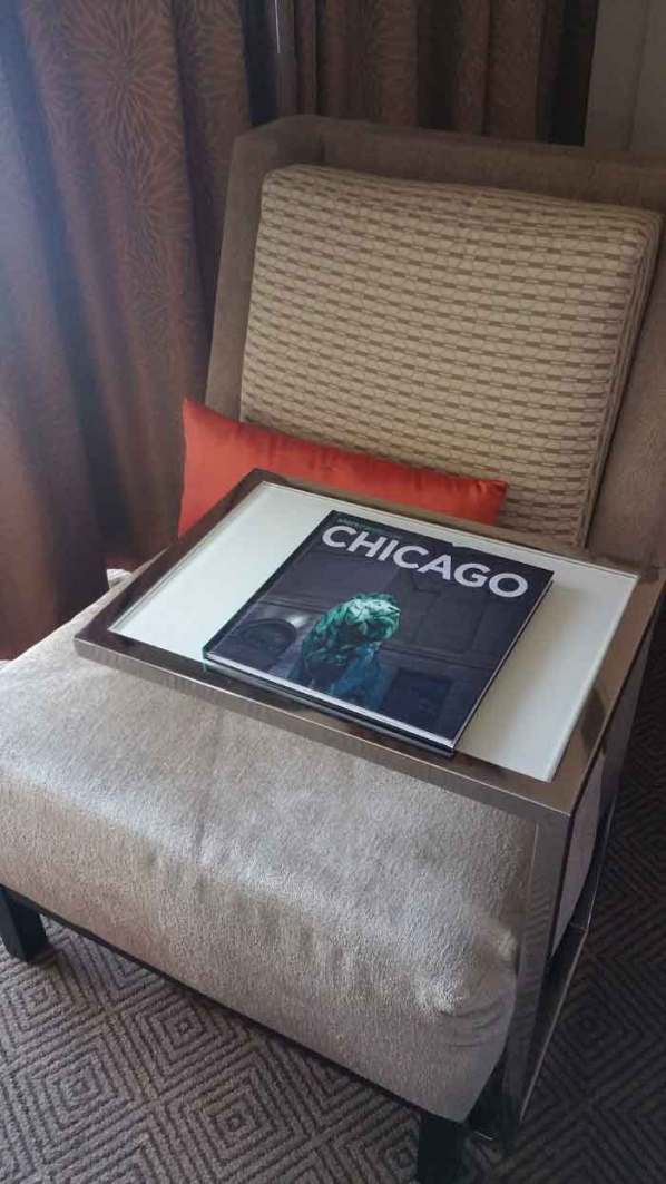 Hyatt Regency Rosemont, where to stay for walker stalker chicago