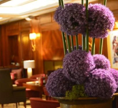 luxury hotel in dusseldorf, breidenbacher hof, capella hotel, capella suite, lobby lounge