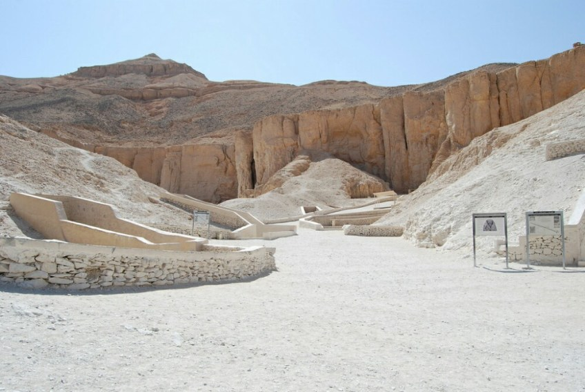 world famous landmarks, valley of the kings