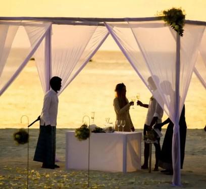 plan a wedding abraod
